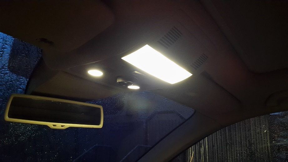 LED подсветка салона Touareg