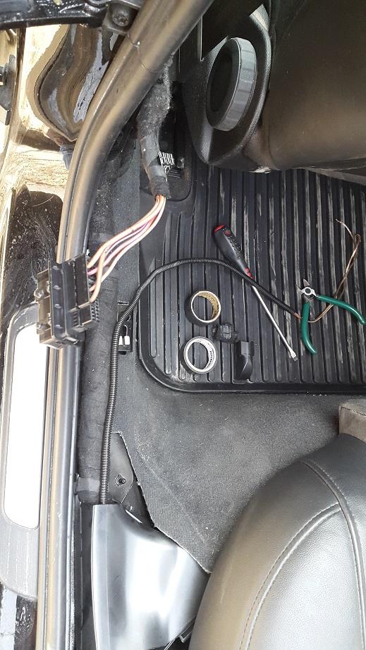 разъем задней двери Audi A4